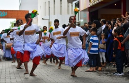 June 4, 2019, Male' City: Dancers perform to 'Boduberu' (traditional drums) in the cultural parade held on the occasion of Eid al-Fitr. PHOTO: HUSSAIN WAHEED / MIHAARU